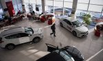 Когда выгодно покупать автомобиль в салоне – Когда лучше покупать новый автомобиль? Покупка автомобиля в салоне: когда выгоднее и дешевле?